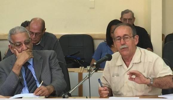 Lage durante su intervención en el Consejo Científico.