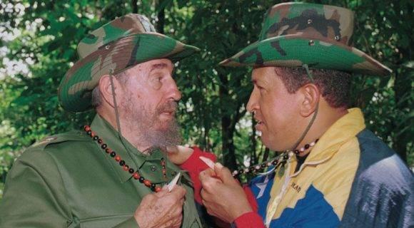 Fidel Castro y Hugo Chávez en Canaima.