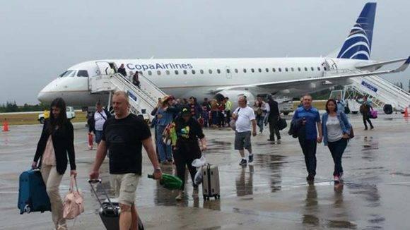 Aeropuerto Abel Santa María en Villa Clara, donde llegará este 31 de agosto el primero de los vuelos regulares entre Cuba y Estados Unidos. Foto: Ángel Freddy Pérez Cabrera/ Cubadebate.
