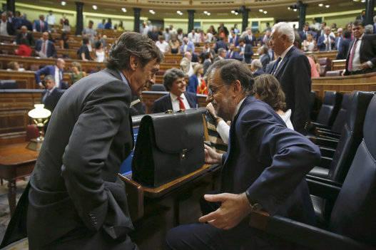 """Resultado de imagen para España y el """"papelón del siglo"""" de Rajoy"""