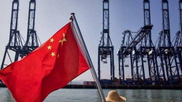 Faits saillants, une fois de plus, le rôle émergent de la Chine, en principe, comme la grande puissance dans la fabrication du siècle.