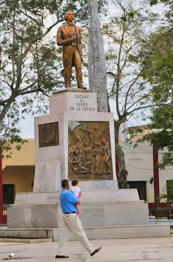 Parque de Bayamo. Foto: Ismael Francisco/Cubadebate.