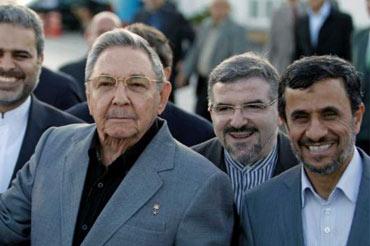 Raúl Castro y Mahmud Ahmadineyad