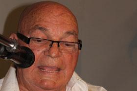 El escritor Efraín Riverón. Foto tomada de la revista Conexos