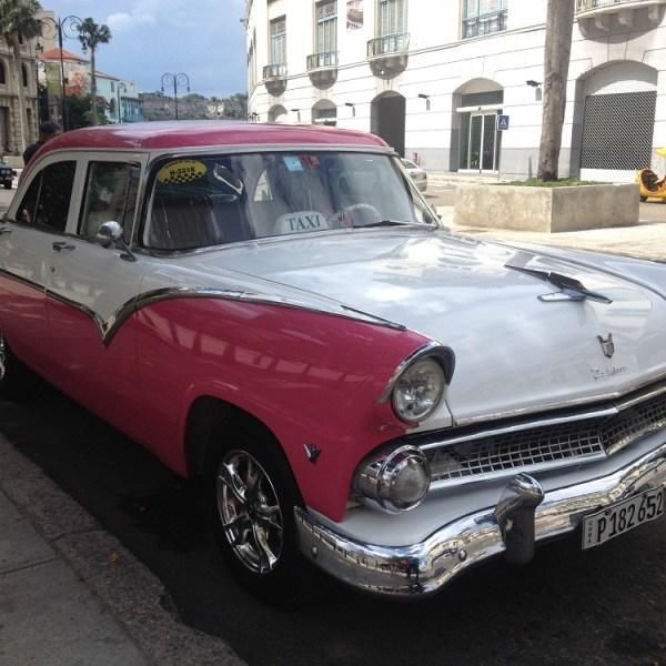 Classic Sedan Havana