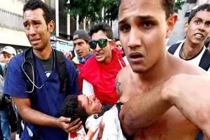Estudiante baleados en Venezuela_Reuters