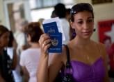 El único valor del pasaporte cubano es para poder regresar a la Isla (foto de Internet)
