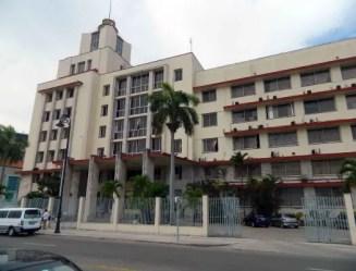 GAESA, un verdadero pulpo en la economía cubana. Edificio sede (foto del autor)
