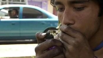 El tráfico y el consumo de drogas en la isla es un problema grave (foto: aserequebola.net)
