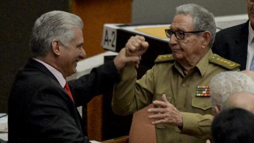 """Cuba : Raul Castro appelle au """"dialogue respectueux"""" entre Cuba et Etats-Unis dans son discours d'adieu"""