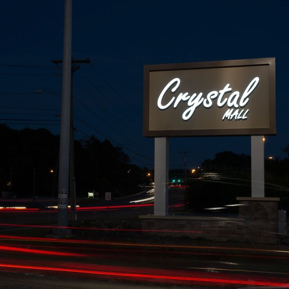 Crystal Mall Signage in Waterford CT