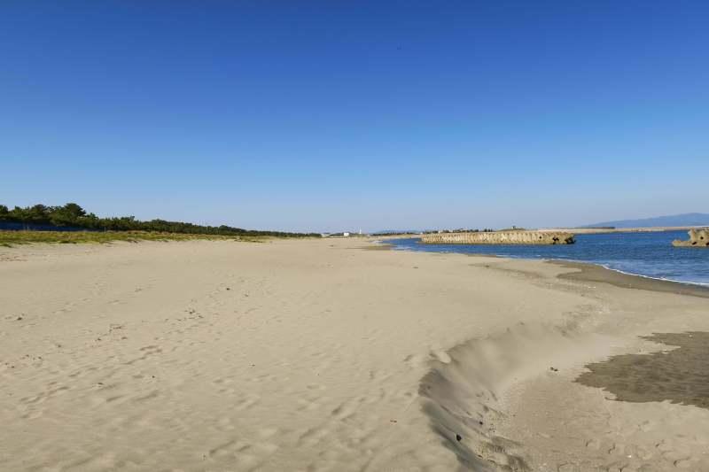 Tsukimigaoka Beach