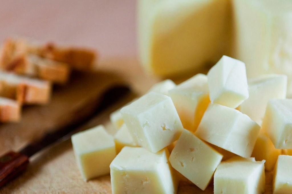Botanas de queso de poro