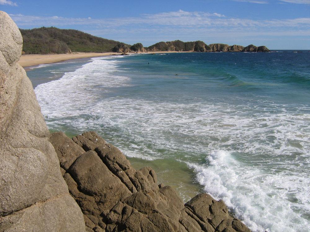Playa La Llorona michoacan mexico