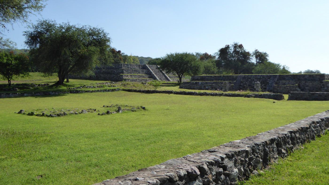 Zona Arqueológica de michacan Tres Cerritos