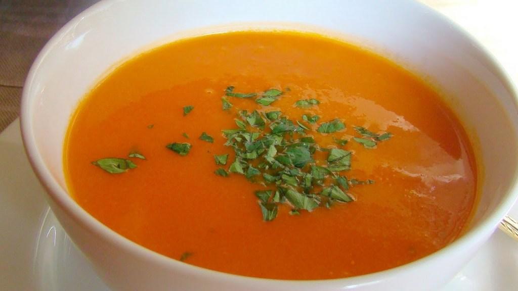 Caldo de jitomate gastronomía chiapaneca
