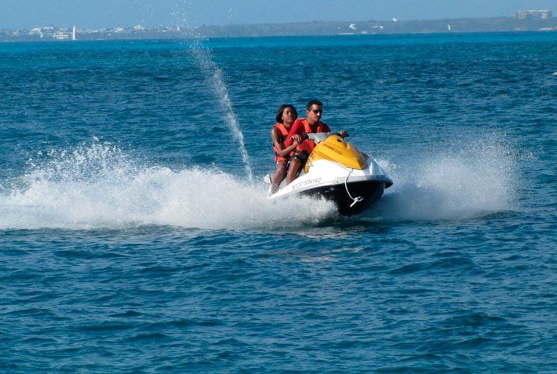 motos acuaticas actividades en cancun