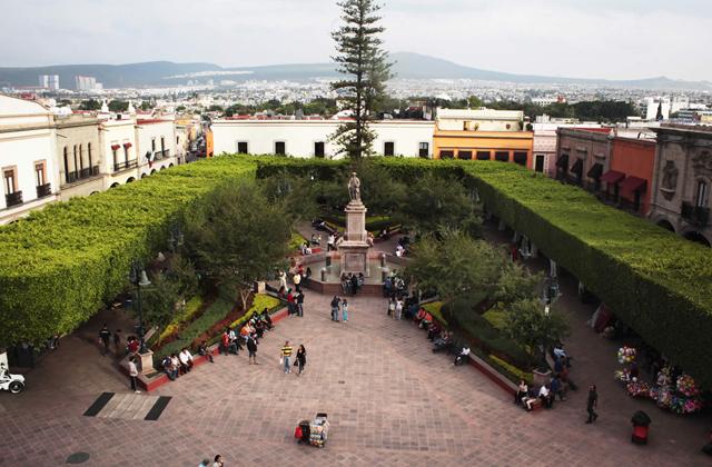 Plaza de Armas de queretaro atractivos