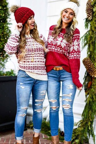 jeans and sweter navidad