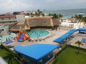 Aquamarina Beach Hotel hotel para niños