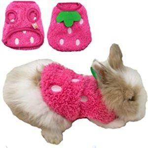 Ropa color rosa para conejos