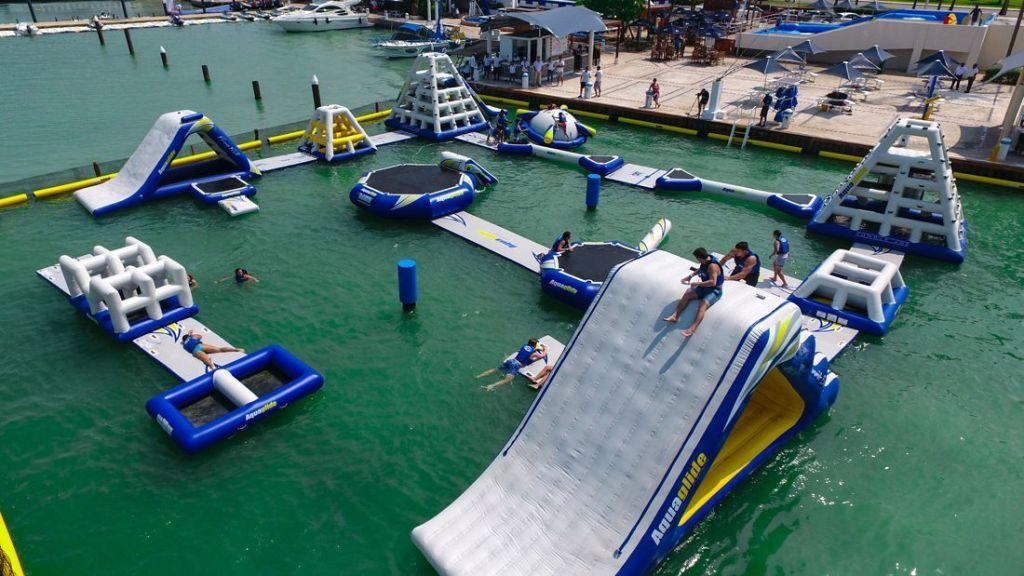 Aquabounce cancun juego para niños en cancun