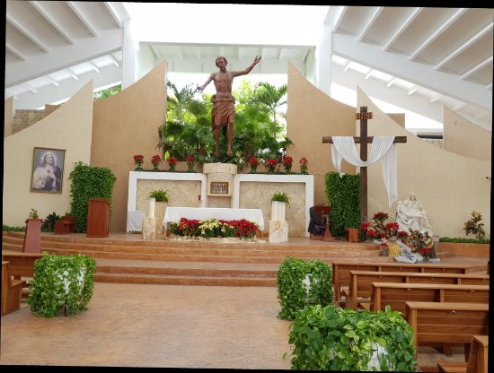 iglesia cristo rey parque de las palapas