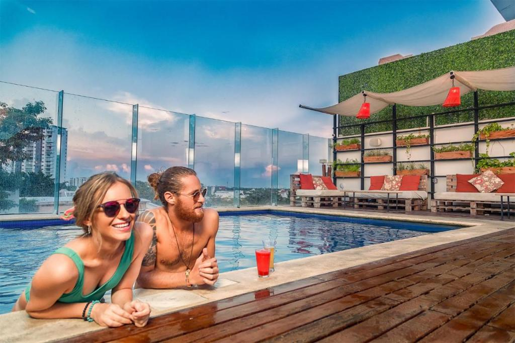 Nomads Hotel & Rooftop Pool Cancún