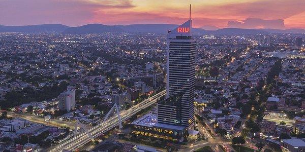 Riu Plaza hoteles que aceptan mascotas Guadalajara