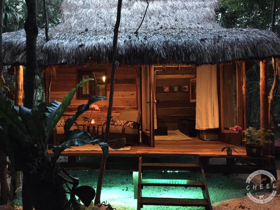 Chéel Cabañas & Camping puerto morelos