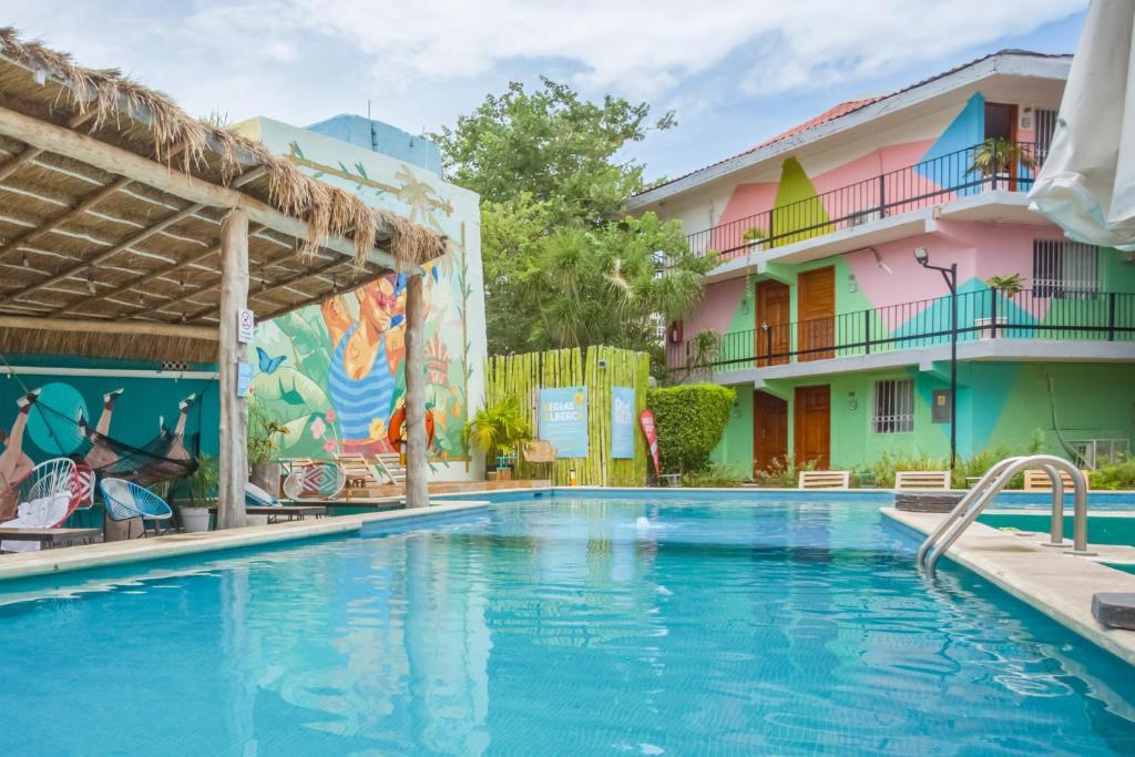 selina -hostales en cancun zona centro