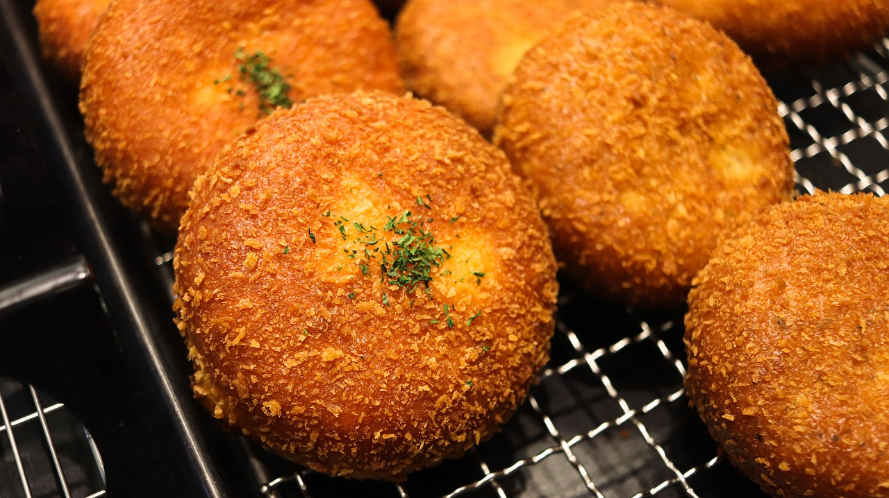 Potato croquette with ricotta and sage