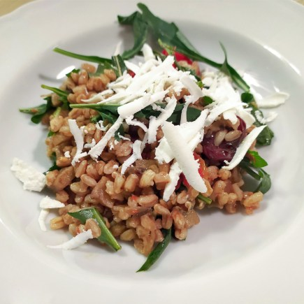 Pearled spelt salad alla norma