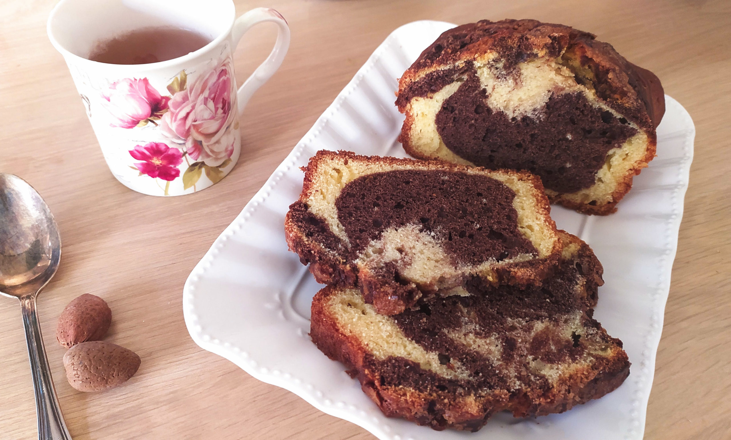 chocolate marbled bread with tea