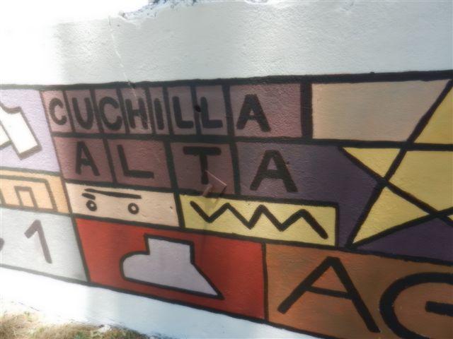 FOTOS ESCUELA PEDRO FIGARI MURALES Y ESCULTURAS CUCHILLA ALTA 013