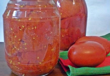 Pomodori pelati fatti in casa