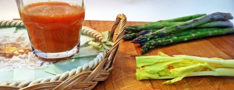 Succo di asparagi sedano e carote