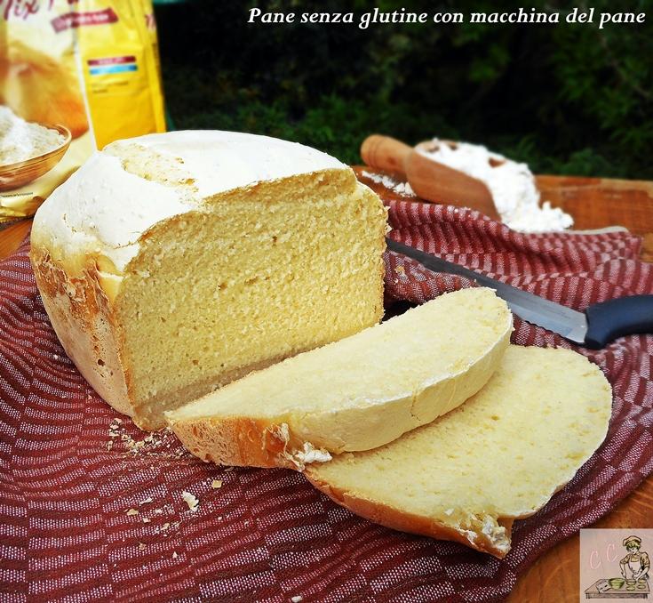 Pane senza glutine con macchina del pane