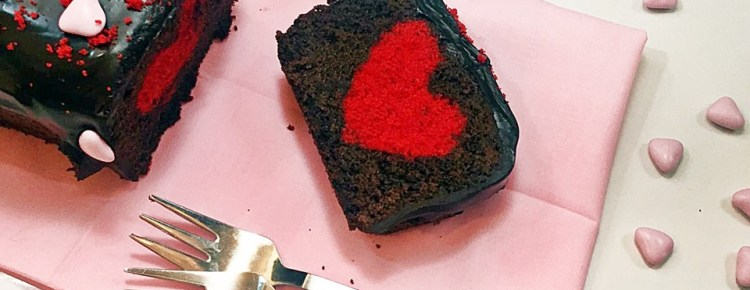 Cake for Valentine's day with surprise by Sonia Peronaci