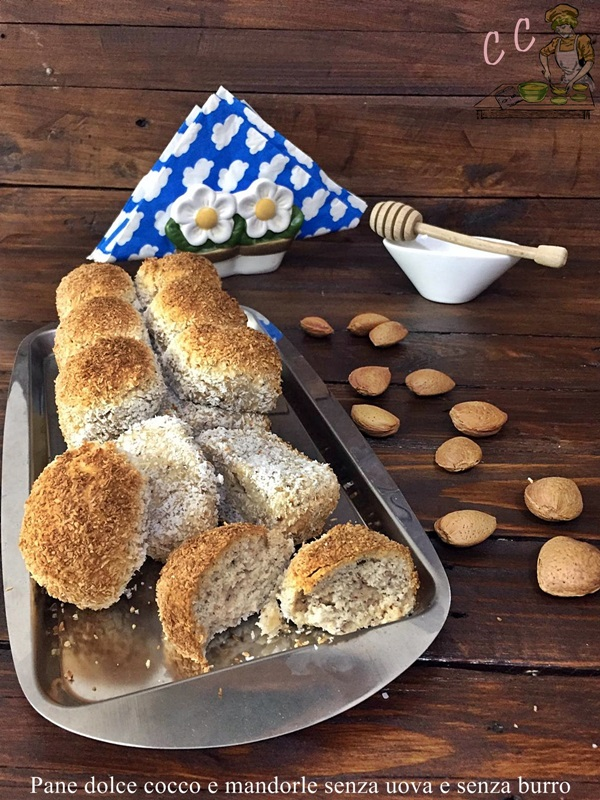 Pane dolce cocco e mandorle senza uova e senza burro