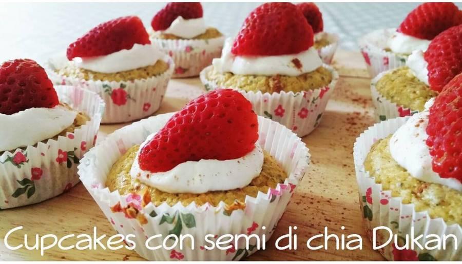 VILLAGGIO!!! Forni accesi e pirottini pronti....ecco a voi la video ricetta super veloce dei cupcakes dukan con semi di chia!! #chia #semi #cupcakes #food #dukan #dulight #youtube #youtubechannel #cucinadulight