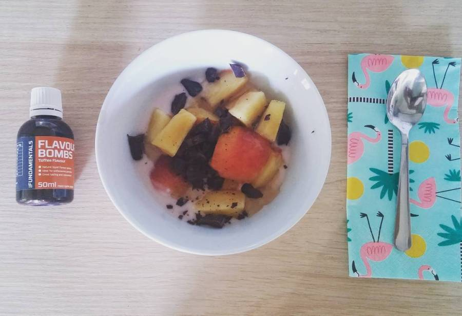 #breakfast #summer #yogurt #peach #chocolate #flavbombs #flav @theproteinworksitalia #colazione #vitasana #healthy #dukan #diet #quartafase #vividulight #pink #pinkflamingo #tiger #cucinadulight