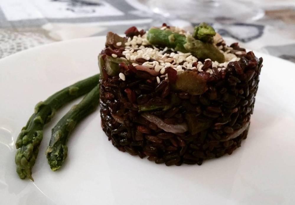 #riso #venere #iferrari #risotto #asparagi #sesamo #dukan #diet #quartafase #cucinando #cheflife #cucinaproteica #cucinadulight #lightfood #wayoflife #vitasana #leggerezza