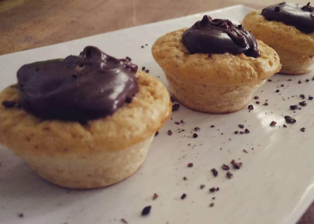 Col temporale ci vuole una bella merenda! Preparato per pancakes dulight (che trovate su tibiona) con cioccolato! 🍫🍰 #merenda #uovadipasqua #easter #pancakes #mix #prodotti #sweet #dukan #diet #dieta #lightfood #quartafase #highprotein #fitness #fitfood #cucinaproteica #cucinadulight