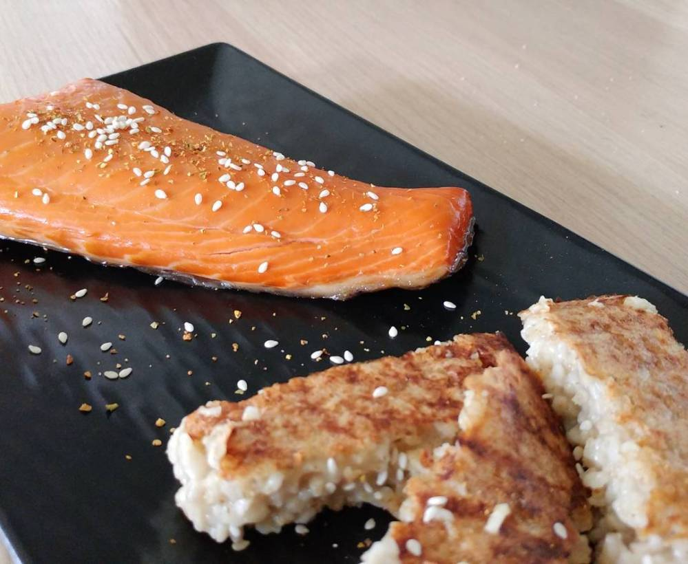 Salmone affumicato e polenta di crusca scottata...un'idea veloce e super gustosa!! #lunch #cooking #salmone #polenta #crusca #oat #dukan #diet #dieta #lightfood #healthyfood #fitness #fitfood #highprotein #chef #cheflife #cucinaproteica #cucinadulight