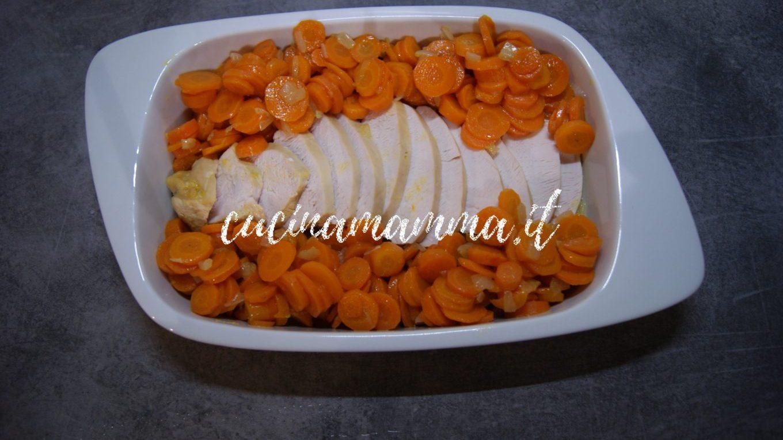 Petto di tacchino con carote