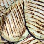 Melanzane grigliate con tonno e formaggio