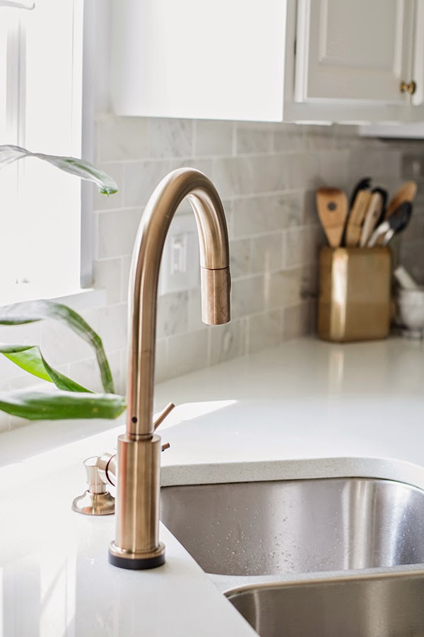 delta touch2 faucet champagne bronze 9 Kitchen Faucets White Finish