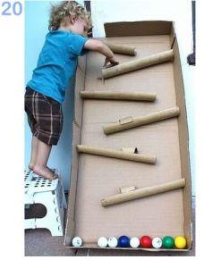 juguetes de cartón