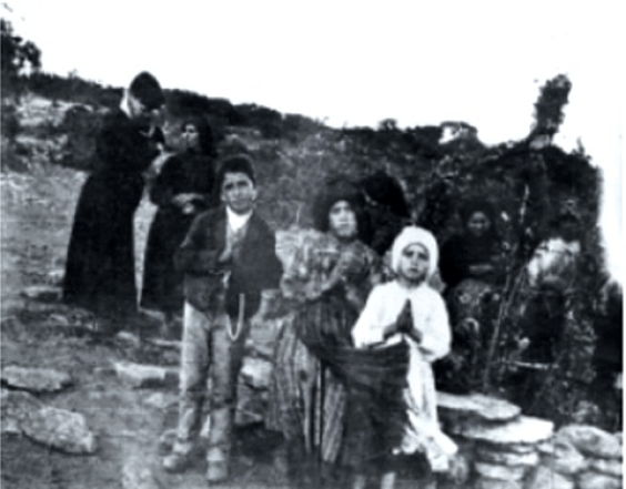 Francisco, Jacinta Marto y Lucia Santos. Los Pastorcitos de la Virgen de Fátima